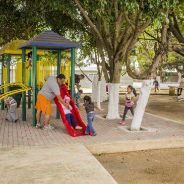 Inauguran primera fase de remozamiento del parque de la colonia Trinidad