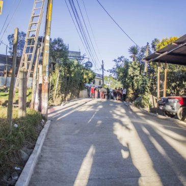 Finaliza proyecto de pavimento en sector 5, aldea Sajcavilla