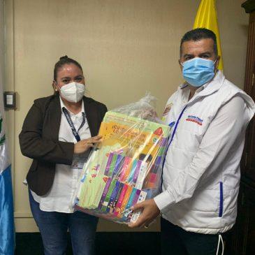 Reunión de Alcaldes Municipales de San Raymundo y San Juan Sacatepéquez, informando sobre la prevención de los delitos de explotación y trabajo infantil.
